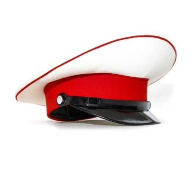 Модельная красная